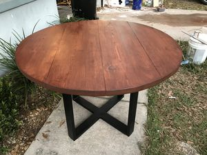 """42"""" Round Wood and Metal Dining Table for Sale in Lakeland, FL"""