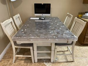 Ashley's Furniture Breakfast table plus 4 chairs for Sale in Los Angeles, CA