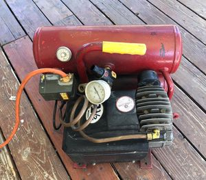 Air Mate Twin Tank 4 Gallon Oil lubed Air Compressor for Sale in West Jordan, UT