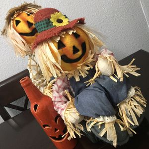 Halloween/Fall indoor Lighted Scarecrows home decor and pumpkin 🎃 bottle for Sale in Lawndale, CA