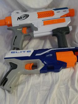 Nerf gun elite mediator disruptor includes 2 guns Tested and works! for Sale in Huttonsville,  WV