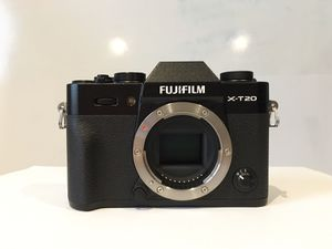 Fujifilm xt-20 for Sale in Falls Church, VA