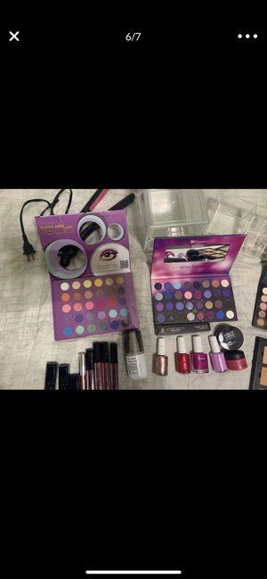 Bh cosmetics palette etc for Sale in Ontario, CA