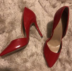 Never worn Red Pointed Toe Heels size 9 for Sale in Austin, TX