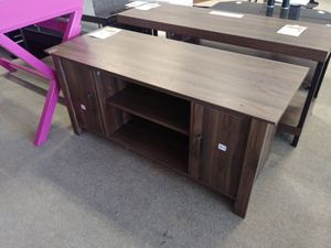 Low Profile Brown Wood Tv Stand for Sale in Phoenix, AZ