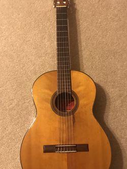 Antique Nylon Acoustic Guitar for Sale in Apopka,  FL