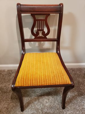 Antique Vintage Chair for Sale in Roswell, GA