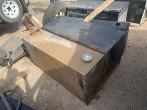 Tool boxes in good shape the pumps work everything work their just dirty for Sale in Midland, TX