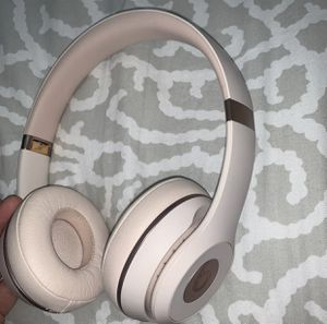 Beats Solo 3 Wireless for Sale in Long Beach, CA