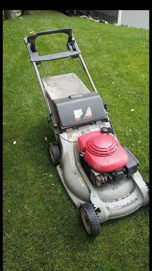 Honda harmony 215 lawn mower for Sale in Renton, WA
