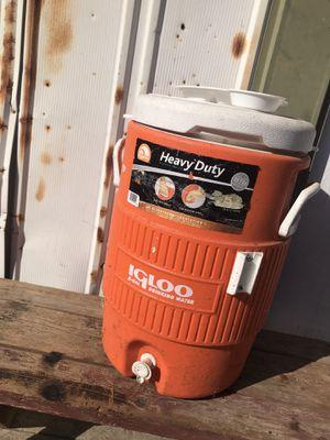 Igloo beverage Cooler for Sale in Fresno, CA