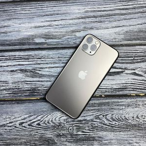 iPHONE 11PRO MAX for Sale in Banning, CA