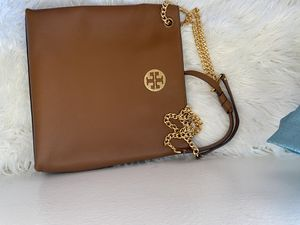 Tory Burch totes bag for Sale in Lynwood, CA