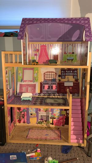 Girls doll play house for Sale in Bristol, RI