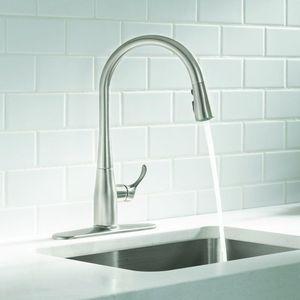 KOHLER Simplice Single-Handle Pull-Down Sprayer Kitchen Faucet. BRAND NEW! for Sale in Plantation, FL