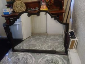 """Mirror 40""""tall 54"""" long 2"""" thick for Sale in Moreno Valley, CA"""