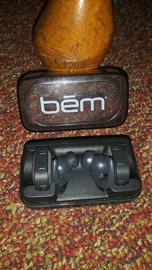Bem... HeadPhones!! Dock Charger for Sale in Detroit, MI