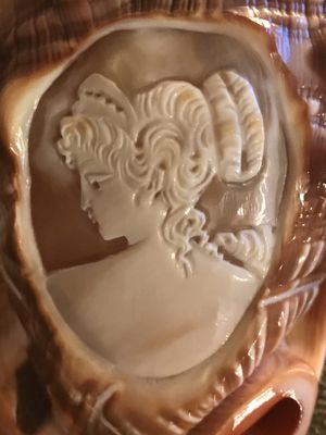 Sale only $50 Cost $159.99 Sacrifice $50 Stunning Victorian Cameo on Conch Shell Carved Lady Beauty Art made in Italy 1st $50 takes for Sale in Las Vegas, NV