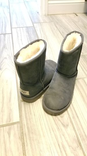 ugg boots size 1 for Sale in North Las Vegas, NV