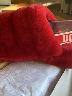 Women's UGG Slippers Size 8 for Sale in Lumberton,  NJ