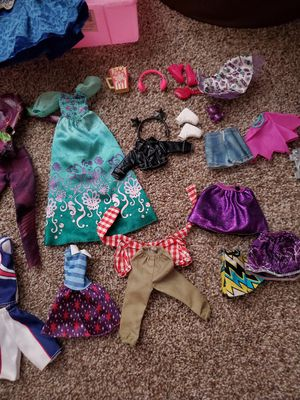 Barbie clothes for Sale in Victorville, CA