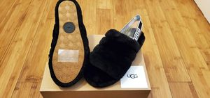 UGG Slides Fluff size 7 and 8 for women . for Sale in Paramount, CA