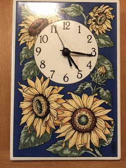 Sunflower Wall Clock for Sale in Fullerton,  CA