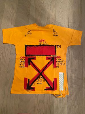 Off white T-shirt for Sale in Boca Raton, FL