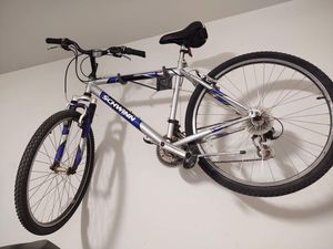 Schwinn mountain bike for Sale in Waddell, AZ