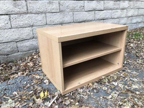 Small shelf, perfect for games