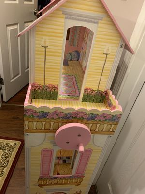 Doll house for Sale in Sanford, NC