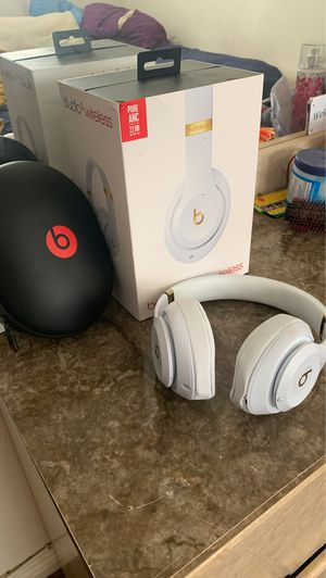 Beats studio 3 wireless headphones for Sale in Huntington Beach, CA