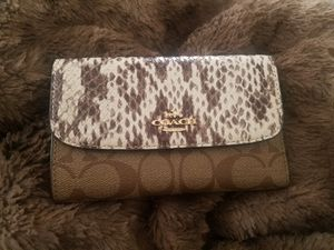 Brand new authentic Coach wallet $40 for Sale in Clovis, CA