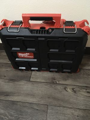 Milwaukee 3 inch cut off tool + packout toolbox.(new) for Sale in Puyallup, WA