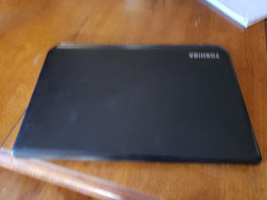 "Toshiba 15.6"" screen laptop for Sale in Phoenix, AZ"