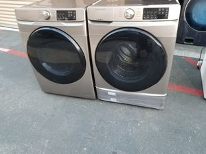 Samsung front load washer and gas dryer for Sale in Tustin, CA