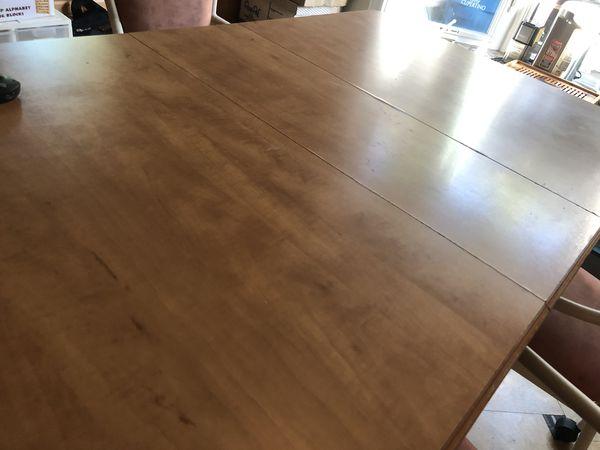 Maple wood breakfast table