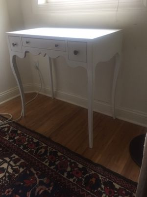 """Small desk with drawers, secretary 30.5""""x17.5"""" for Sale in Westfield, NJ"""