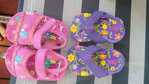 Size 4 sandals for Sale in Waterbury, CT