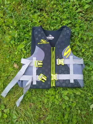 Adult. XL life jacket for Sale in Monroeville, PA