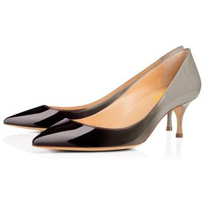 Women Fashion two tones Pointed Toe Pumps for Sale in Arcadia, CA