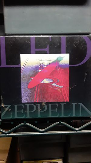 Led zeppelin 2cd Limited edition like New for Sale in Ontario, CA