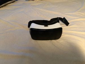 Samsung vr headset. Has micro USB adapter for Sale in Las Vegas, NV