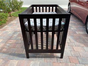Baby mini crib for Sale in Boynton Beach, FL