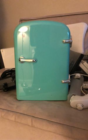 Mini Fridge for Sale in Pompano Beach, FL