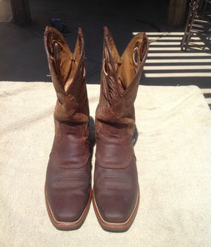 Ariat cowboy boots size-10D for Sale in San Jacinto, CA