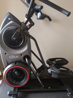 Bowflex Max Trainer M8, excellent condition. $1500 Firm for Sale in Vancouver, WA