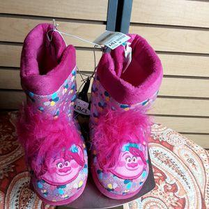 Dreamwork Girl's Trolls Slippers for Sale in Laveen Village, AZ