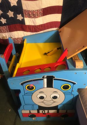 Thomas the train kids desk for Sale in Pomona, CA