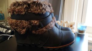 Sorel fur bootie wedge boots rare size 9 women's for Sale in Tacoma, WA